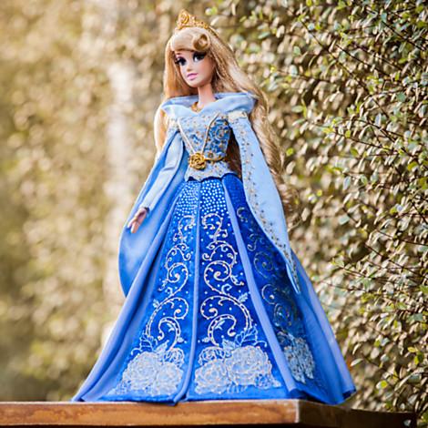 File:Aurora in Blue Dress 2014 Limited Edition Doll.jpg