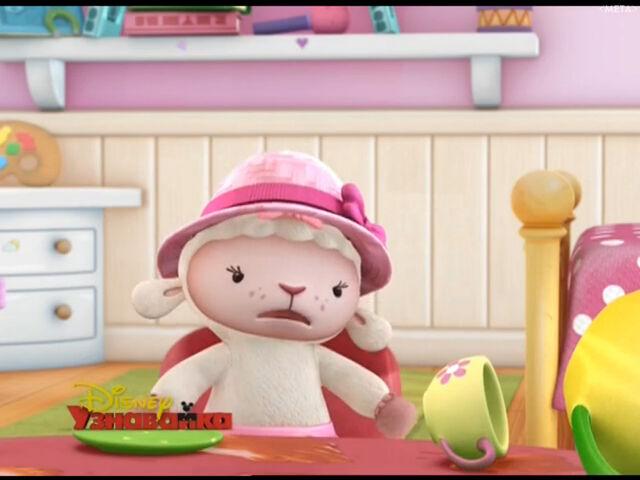 File:Lambie at tea party2.jpg