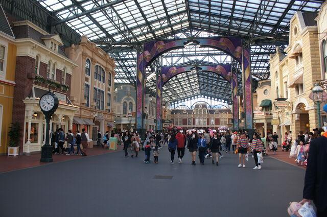 File:World Bazaar of Tokyo Disneyland.jpg