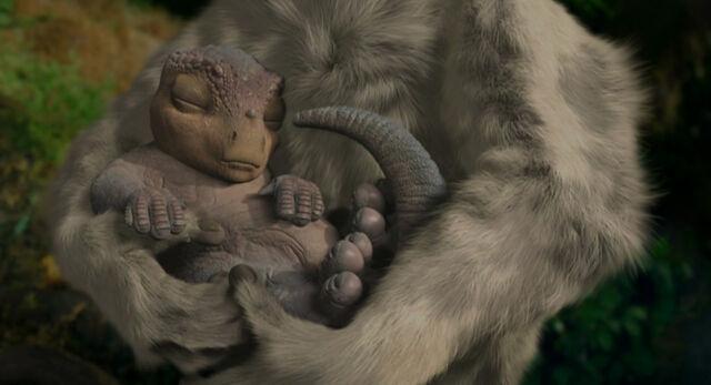 File:Aladar(baby).jpg