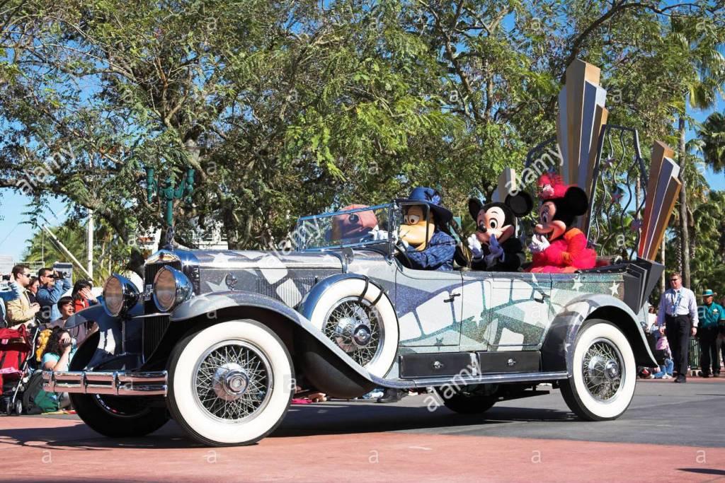 Disney Stars And Motorcars Parade Disney Wiki Fandom