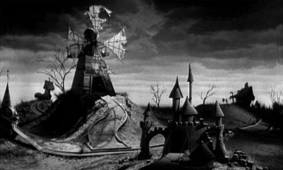 File:Frankenweenie windmill.jpg