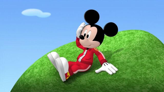 File:Mickey on the tree.jpg