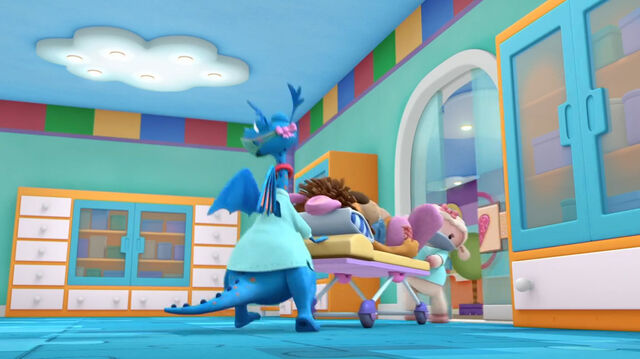 File:Stuffy and lambie bring stanley in the operating room.jpg