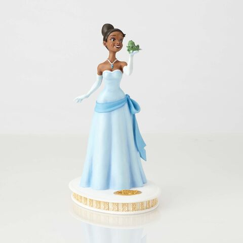 File:Walt Disney Archives-Tiana Maquette From The Princess and the Frog.jpg