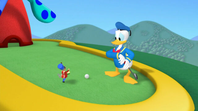 File:Donald saw the toy marcher.jpg