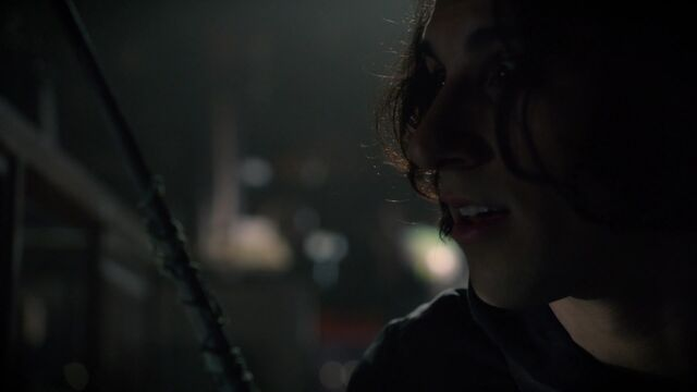 File:Once Upon a Time - 6x08 - I'll Be Your Mirror - Aladdin Steals Wand.jpg