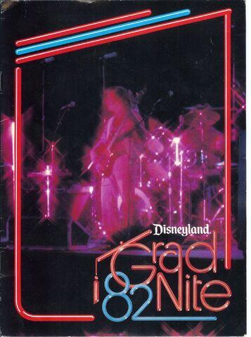 File:Gradnite82 booklet front.jpg