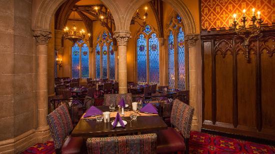 File:Cinderella-s-royal-table.jpg