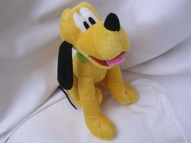 File:Pluto Mickey Mouse Plush Toy 11 Collectible.jpg