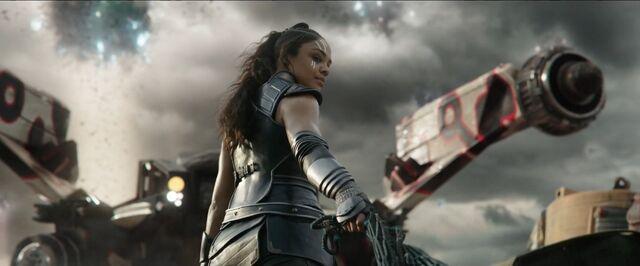 File:Thor Ragnarok 15.jpg