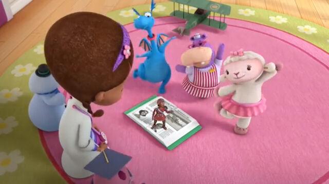 File:Stuffy, lambie and hallie dancing.jpg