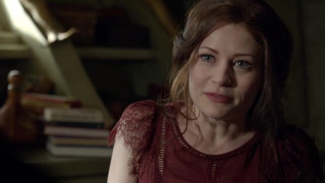 File:Once Upon a Time - 6x03 - The Other Shoe - Belle.jpg