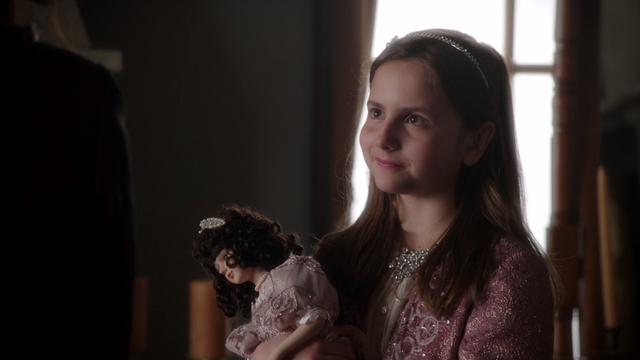File:Once Upon a Time - 5x19 - Sisters - Young Regina.png