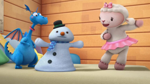 File:Chilly tries to dance.jpg