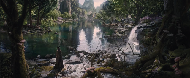 File:Maleficent-(2014)-341.png
