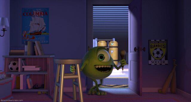 File:Monsters-disneyscreencaps.com-8827.jpg