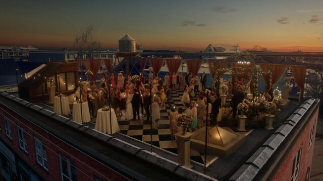 File:Once Upon a Time - 6x20 - The Song in Your Heart - Rooftop.jpg