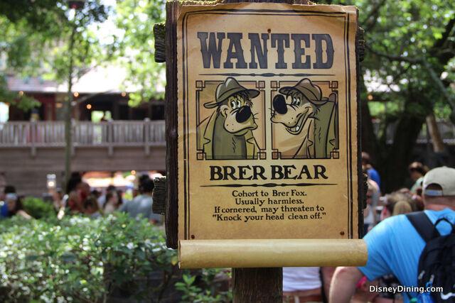 File:Brer-bear-wanted-sign-splash-mountain-magic-kingdom-walt-disney-world.jpg