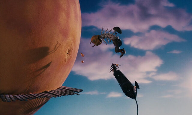 File:James-giant-peach-disneyscreencaps com-4080.jpg