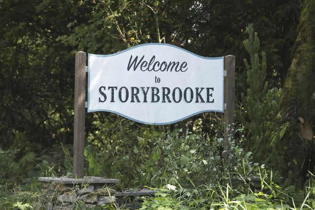 File:Once Upon a Time - 6x06 - Dark Waters - Production Images - Storybrooke Sign.jpg