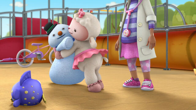 File:Lambie and chilly hugging2.jpg