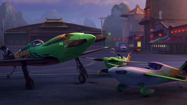 File:Planes-disneyscreencaps.com-6217.jpg