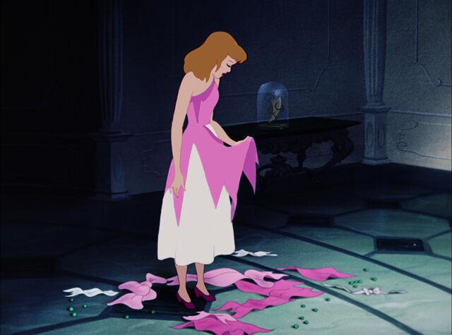 File:Cinderella-disneyscreencaps.com-4760.jpg