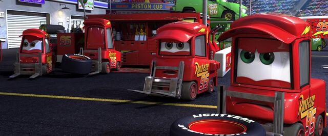File:Cars-disneyscreencaps.com-827.jpg