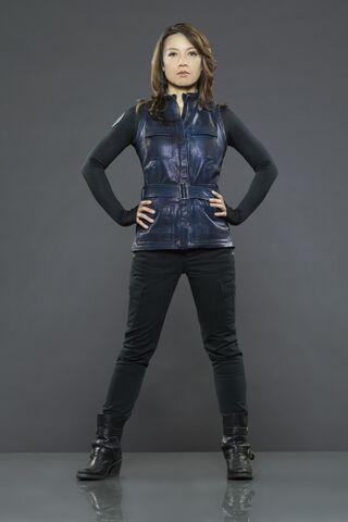 File:Melinda pose.jpg