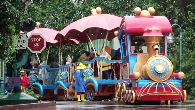 File:Mickey's Rainy Day Express HKDL.jpg