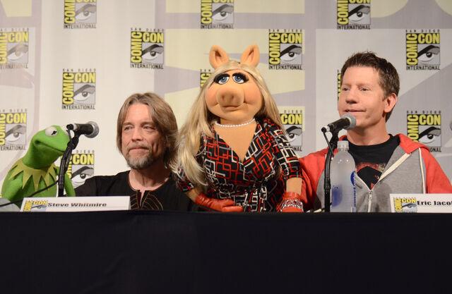 File:2015 Comic-Con - ^The Rose (2).jpg