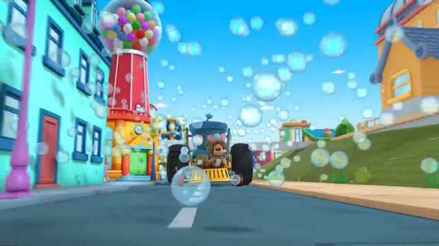 File:Bubbles all over town.jpg