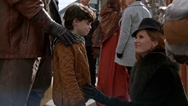 File:Once Upon a Time - 5x22 - Only You - Zelena and Roland.jpg