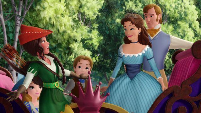 File:Carol of the Arrow Carol and the Royal Family.jpg