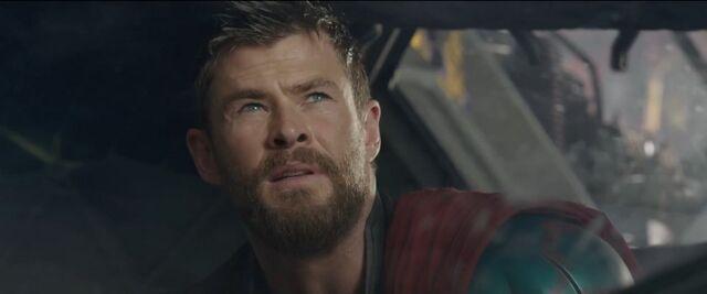 File:Thor Ragnarok 50.jpg