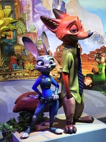 File:D23 Expo 2015 Judy and Nick figures.jpg