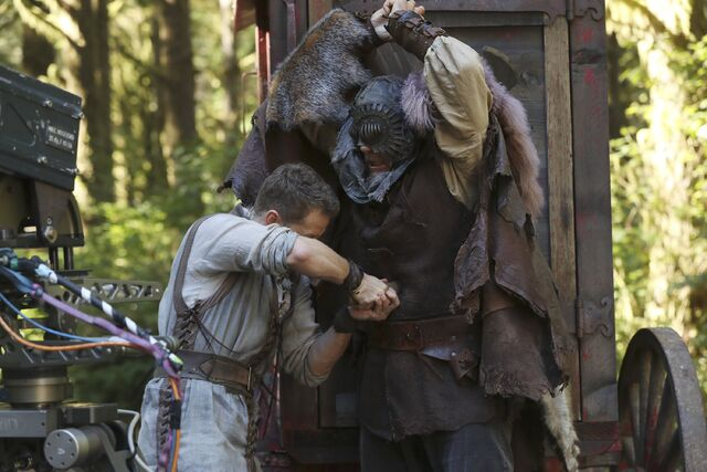 File:Once Upon a Time - 6x07 - Heartless - Photography - David and Woodcutter 3.jpg
