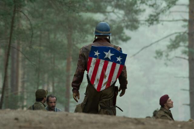 File:Captain America 02.jpg