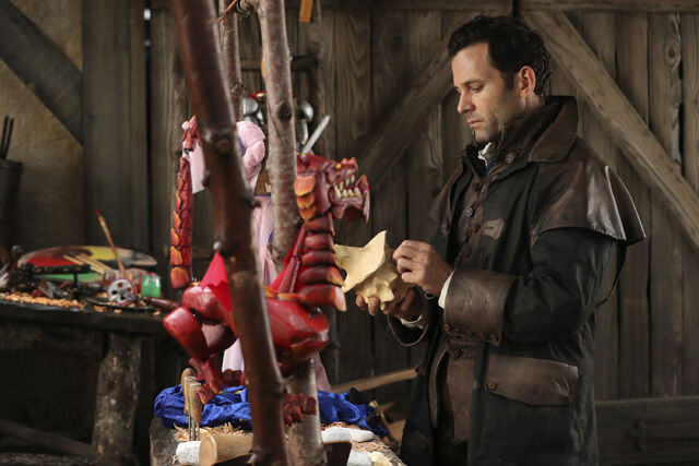 File:Once Upon a Time - 6x11 - Tougher Than the Rest - Photography - Wish Realm August.jpg