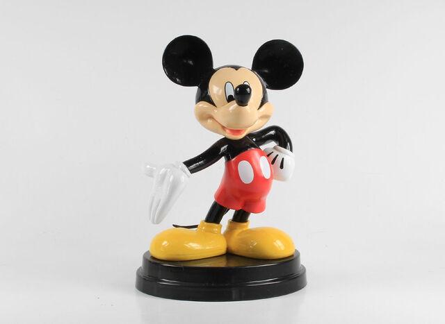 File:Disney Parade 25. Mickey (red shorts).JPG