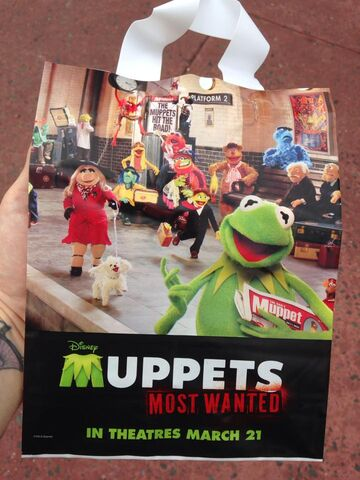 File:Muppets Most Wanted Trick or Treat Bag Disney Hollywood Studios.jpg