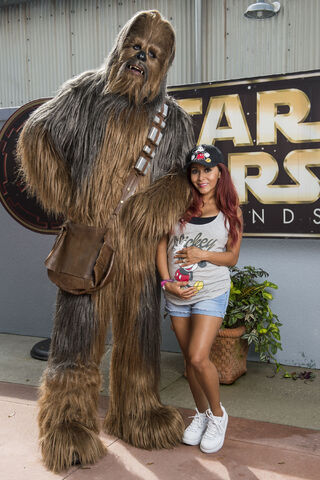 File:Snooki and Chewie.jpg