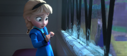 Young Elsa afraid.png