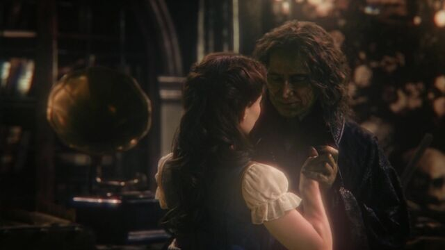 File:Once Upon a Time - 6x01 - The Savior - Rumple Belle Dance.jpg