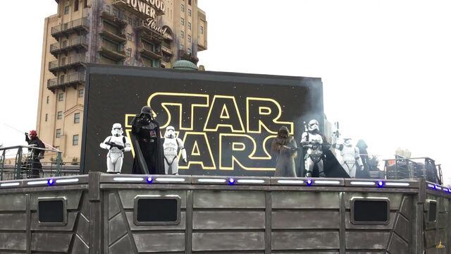 File:Star Wars A Galaxy Far, Far Away paris.jpg