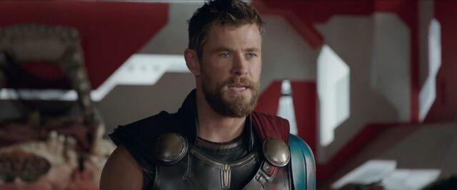 File:Thor Ragnarok 57.jpg