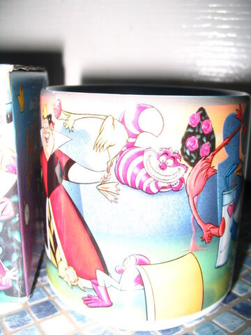 File:Alice Croquet Mug 2.jpg