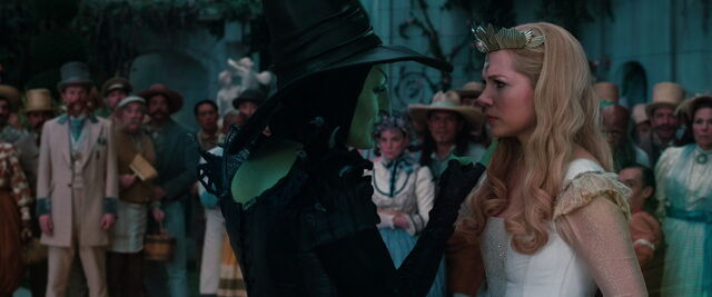 File:Oz-great-powerful-disneyscreencaps.com-9939.jpg