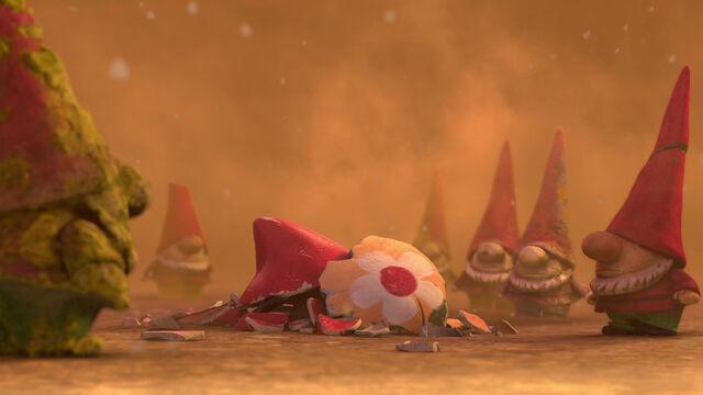 File:Gnomeo-juliet-disneyscreencaps com-6156.jpg